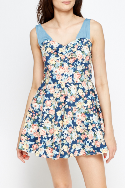 Sweetheart Neck Mini Skater Dress