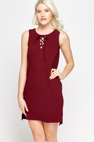 1e092f0b93ee Lace Up Neck Maroon Shift Dress - Just £5