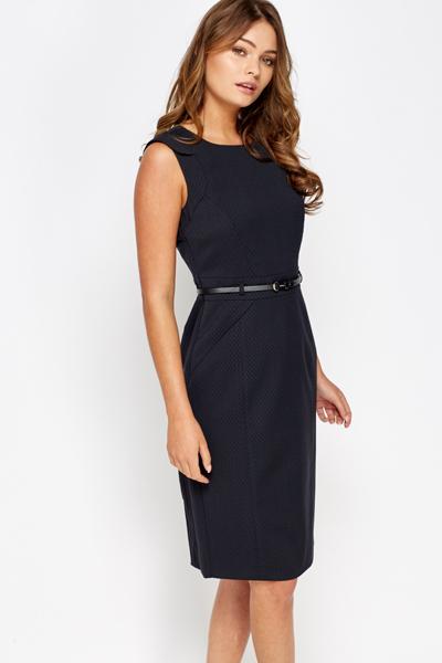 58146d4b3b Cap Sleeve Printed Pencil Dress - Just £5
