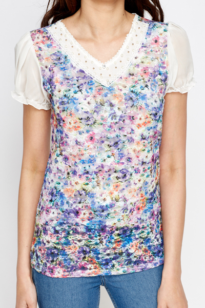 Floral Contrast Trim Top