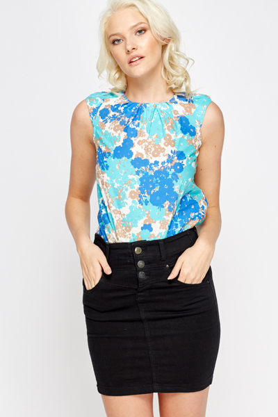 Pleated Floral Neck Top