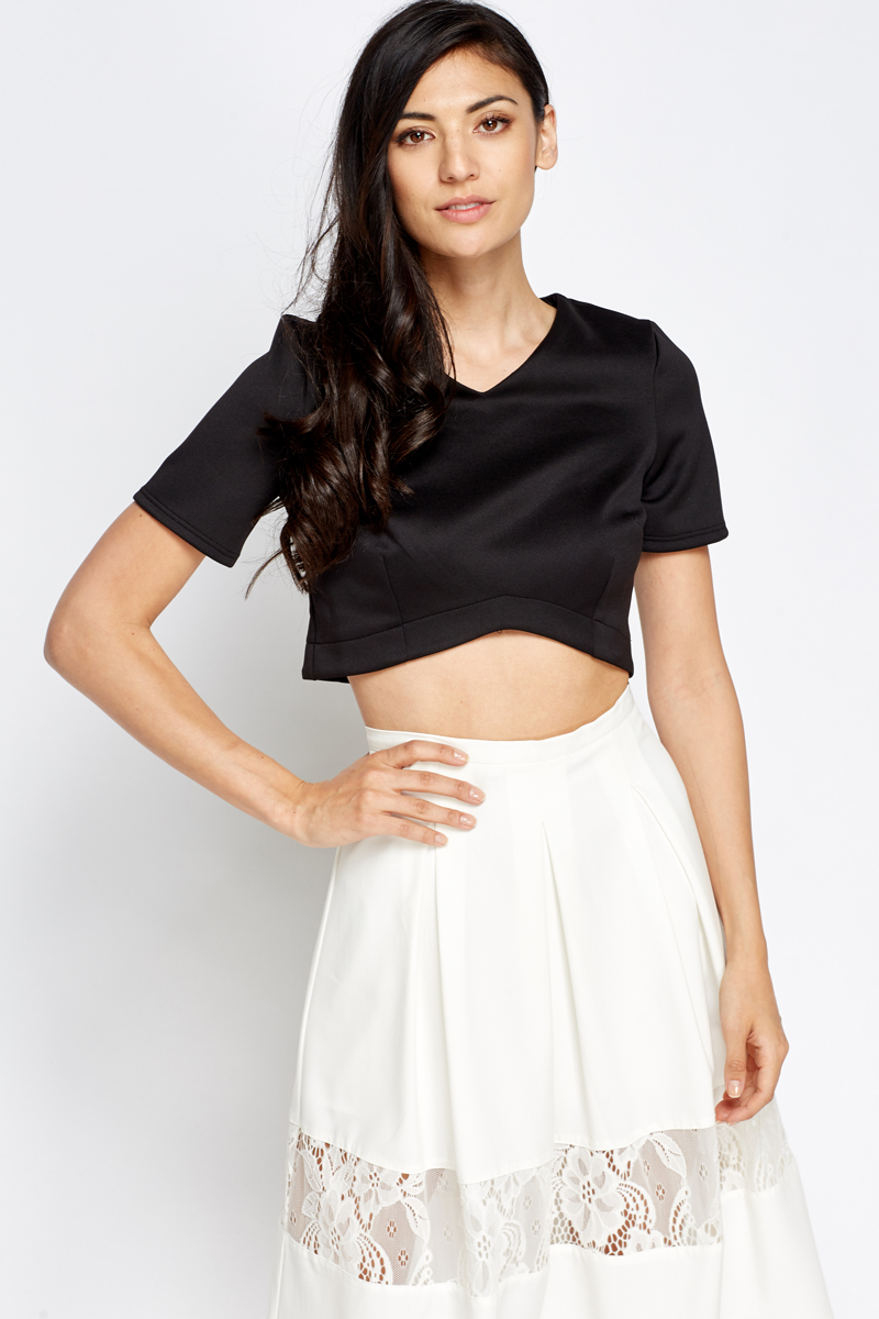 3677829c0879b V-Neck Crop Top - Black or Cream - Just £5