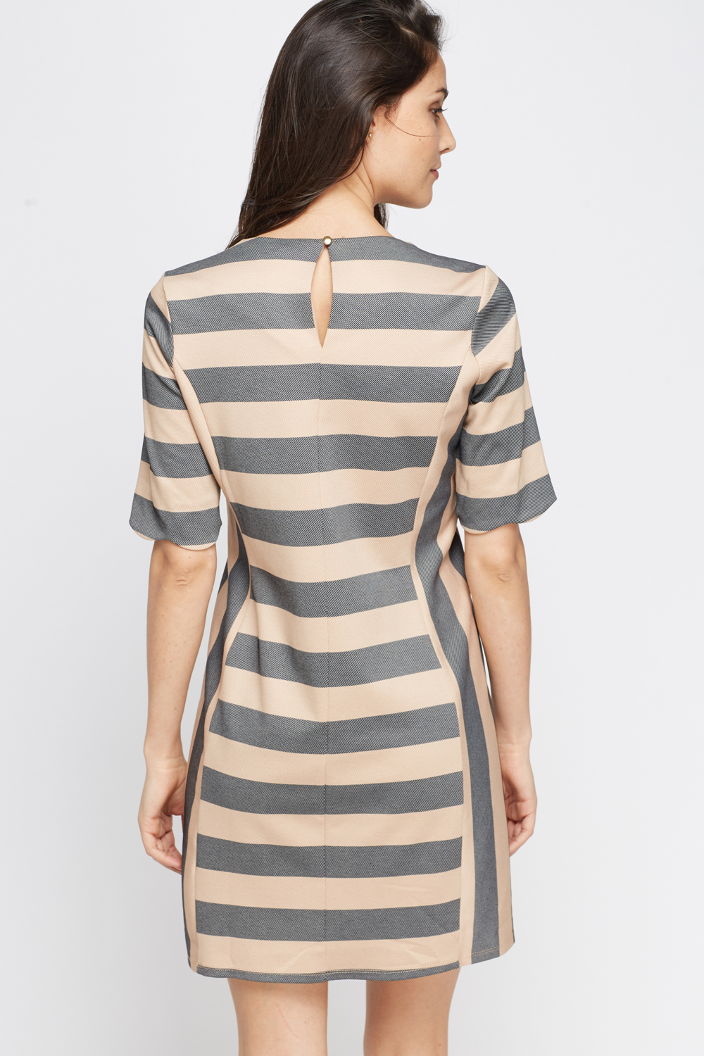 Details about DKNY SLEEVELESS SCOOPNECK DRESS, Stripe Black/beige, Size S, MSRP $ Be the first to write a review. DKNY SLEEVELESS SCOOPNECK DRESS, Stripe Black/beige.