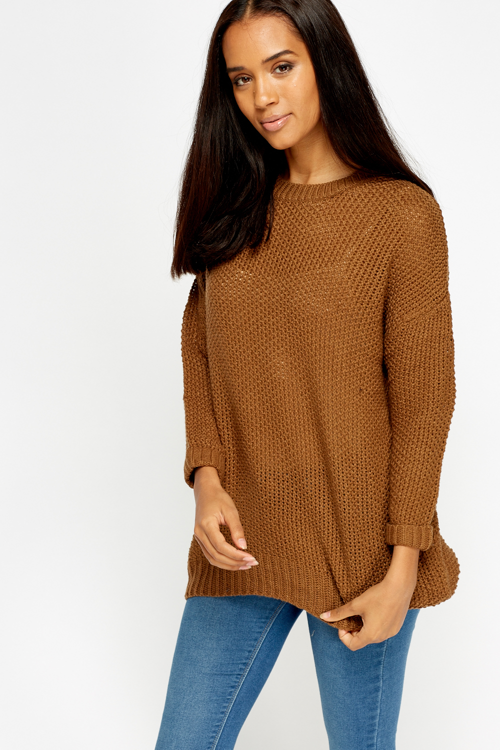 An oversized sweater and a crew neck sweater is a great addition to any wardrobe. They have become a staple fashion item for every fall and winter collection, reappearing year on year to keep you warm and cozy in the cold winter months.