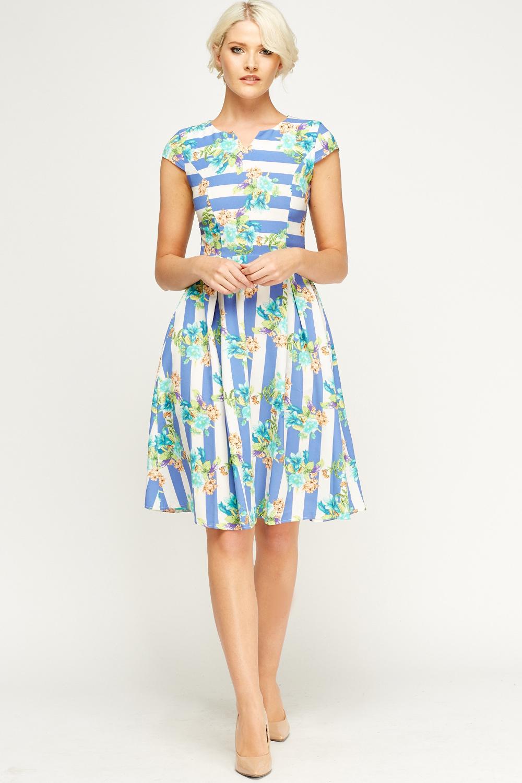 eb86cc69ed Printed Pleated Skater Dress - Just £5