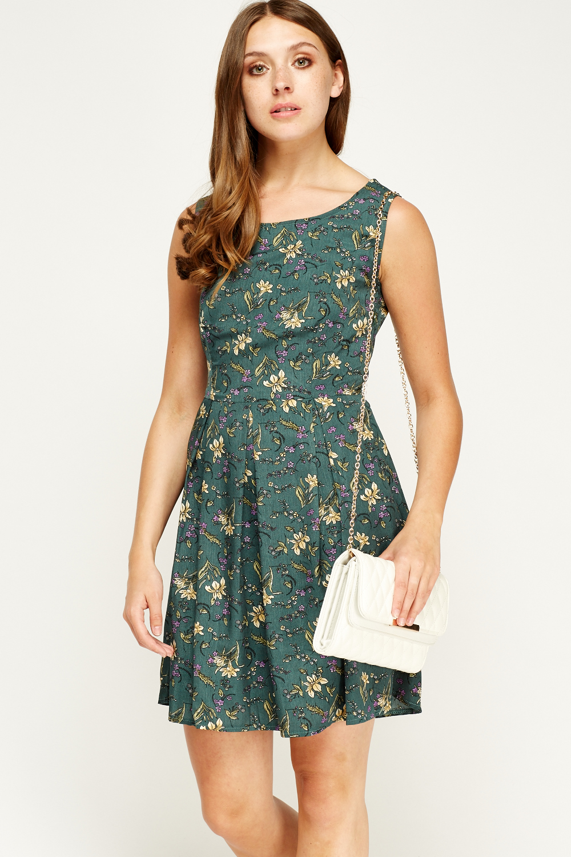 Tenki Sleeveless Floral Print Skater Dress - Limited edition ... 8a4351a52