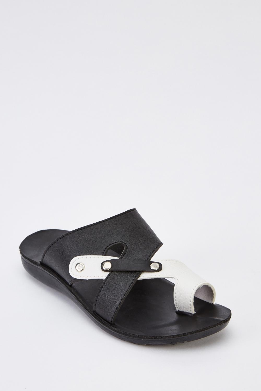 534811d28df6 Black Cross Over Mens Sandals - Just £5