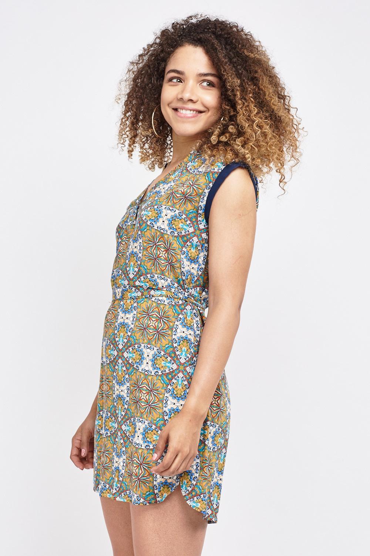 Missguided Barika Tribal Print Halterneck Maxi Dress in