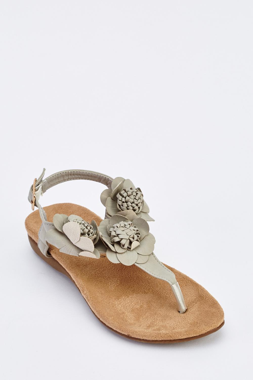 1b8c3d381 3D Flower Flat Sandals - Just £5