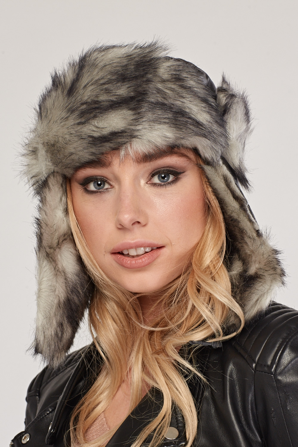 Faux Fur Lined Trapper Hat - Grey - Just £5 70700fc5390