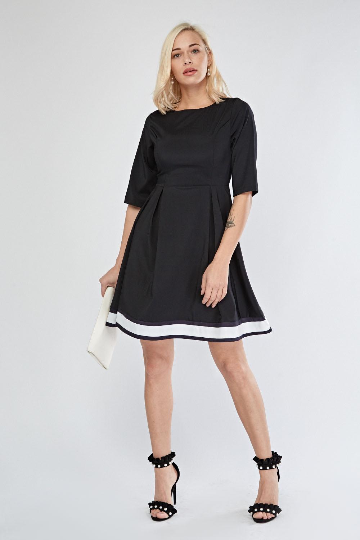 975ff03969 Monochrome Box Pleated Skater Dress - Black - Just £5